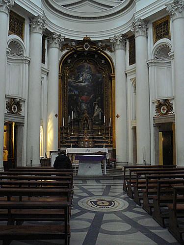 petite église de la place des quatre fontaines.jpg