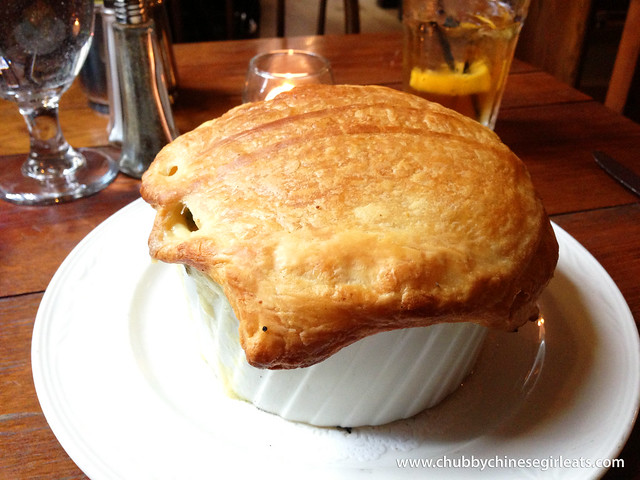 fraunces tavern - chicken pot pie