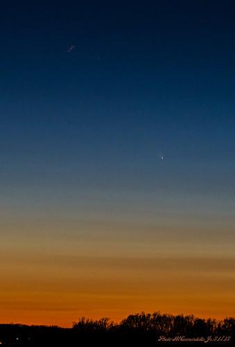 sunset astronomy comet brynathyn panstarrs spacelongexposure