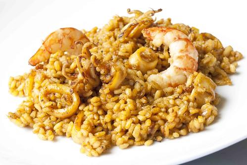 Rossejat d'arròs amb calamar i gambes 2