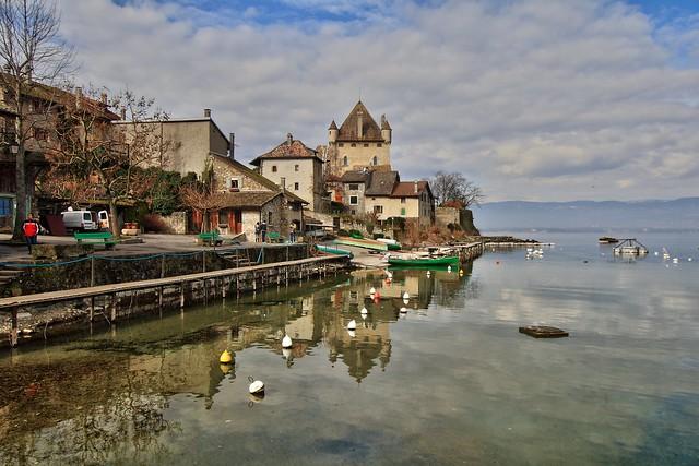 Ивуар достопримечательности, путеводитель, Yvoire, что посмотреть, самые красивые деревни Франции