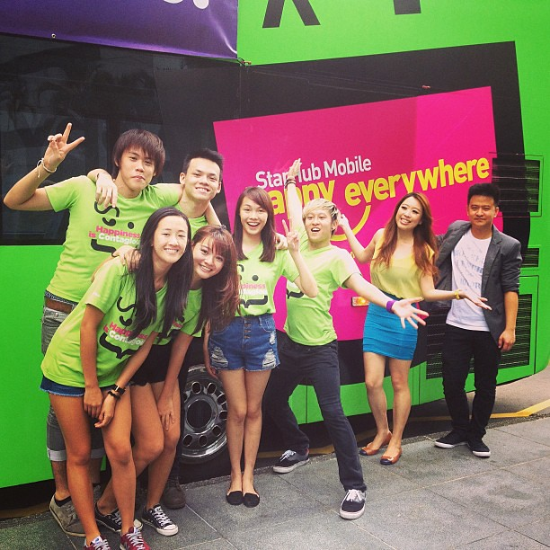 Starhub's 'Happy Everywhere' movement this morning. I spread happiness by singing in a bus!