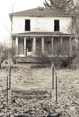 blackandwhite building abandoned sacrifice odc housee canon35mmf2lens
