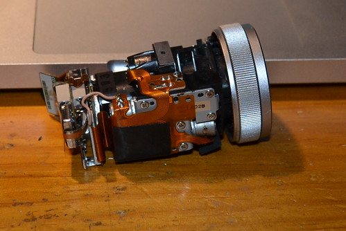 Sony DSR-PD1P Lens