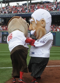 New Racing President William Howard Taft vs. Teddy Roosevelt