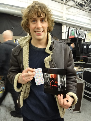 JOHNNY BORRELL (Razorlight) & released limited 7inch & QOS Iphone cover by queensofsounds