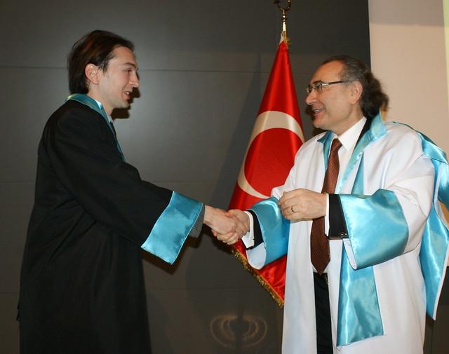 Üsküdar Üniversitesi'nde cübbe heyecanı…