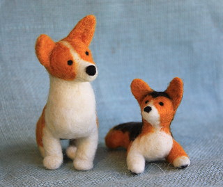 Felt Corgi mom and pup from Fiber Friends