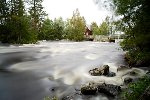 longexposure water zeiss suomi finland river eos stream 21 10 cottage rapids filter lee edge nd filters rapid f28 ze density stops neutral 21mm carlzeiss milieu canoneos5d huopanankoski viitasaari huopana distagont2821 bigstopper distagon2128ze