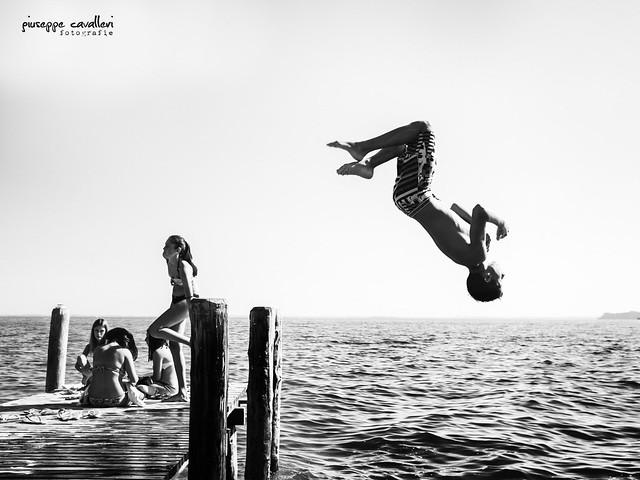 Diving Man!
