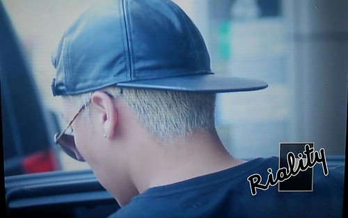 Big Bang - Gimpo Airport - 07jun2015 - Seung Ri - withriality - 03