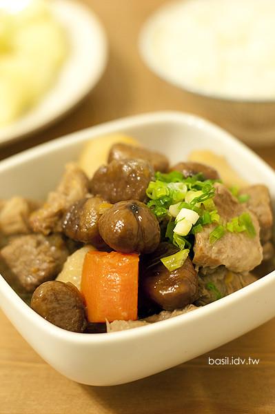 栗子馬鈴薯紅蘿蔔燉肉