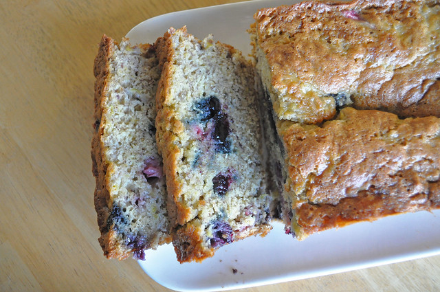 Banana-Berry-Bread