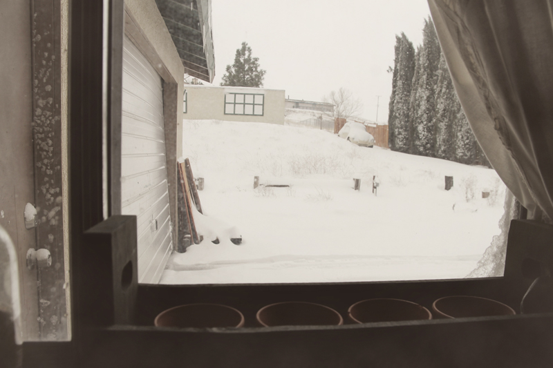 snow-outside-kitchen-window-tehachapi
