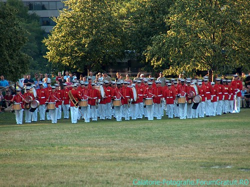 Memorialul Iwo Jima (Arlington, VA), locul unde SUA își comemorează eroii 8509251345_091f689763