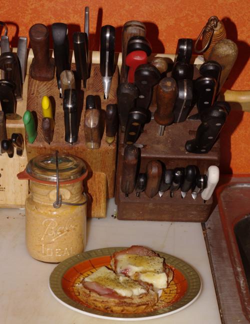 Breakfast with Neuschinken and fresh horseradish mustard