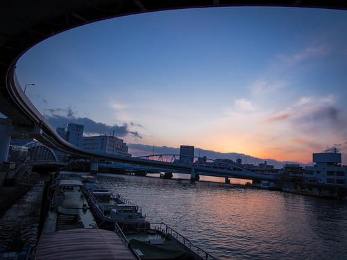 sunset reflection water japan river boat highway olympus panasonic 大阪 osaka omd em5 1235mmf28