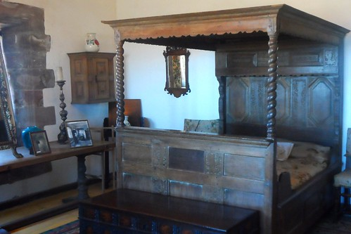 Wooden four poster bed at Lindisfarne Castle