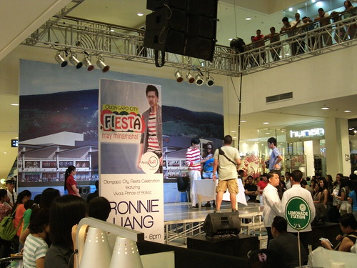 Ronnie Liang in Harbor Point