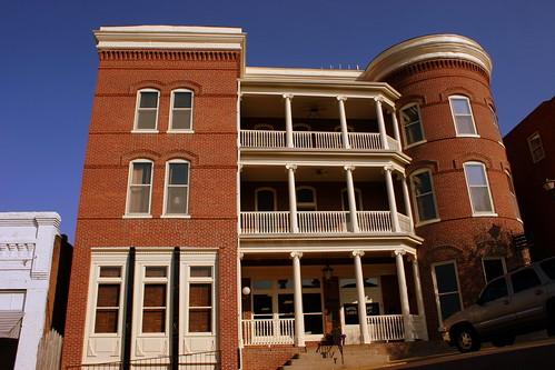 Hotel Lindo - Covington, TN