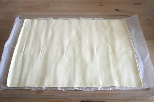11 - Blätterteig ausrollen / Spread out puff pastry