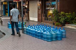 Livraison de bombones d'eau