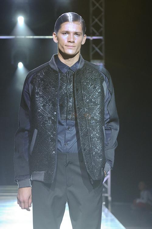 FW13 Tokyo yoshio kubo035_Andrey Zakharov(Fashion Press)