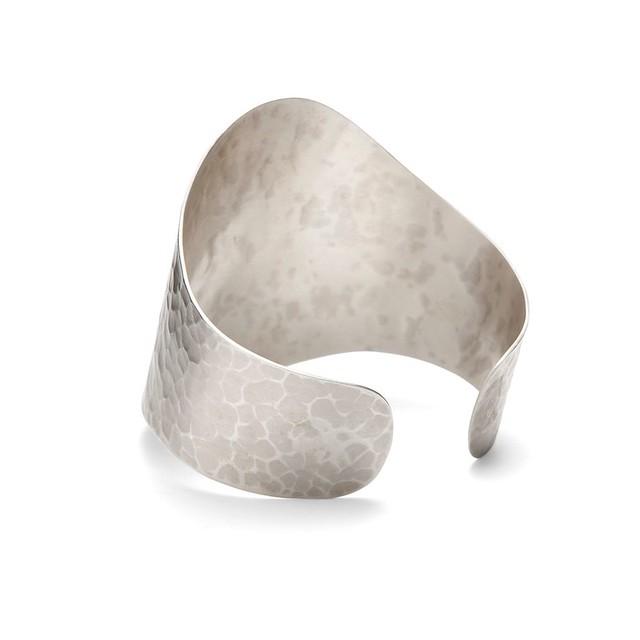 silver-cuff-side-920