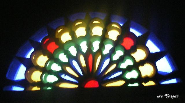 Vitral: elemento decorativo de la arquitectura de Sanaa