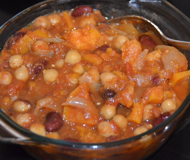 mixed beans in a spicy sauce