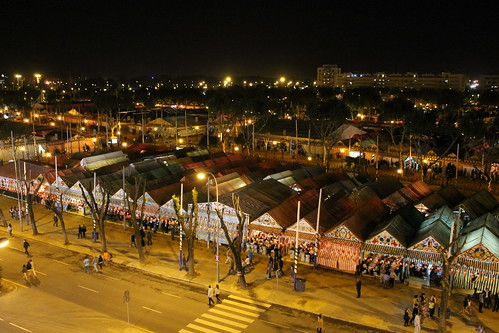 2013.04.15.009 - SEVILLA - Calle Padre Damián · Av Flota de Indias - (Feria de Abril 2013 - 'Alumbrao')