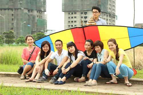 Thả diều ở KĐT Việt Hưng