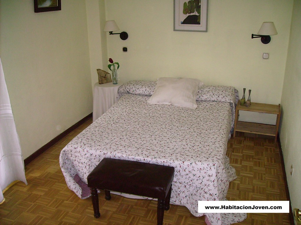 Alquilar habitaci n madrid moratalaz c arroyo de las for Habitacion cuadruple madrid