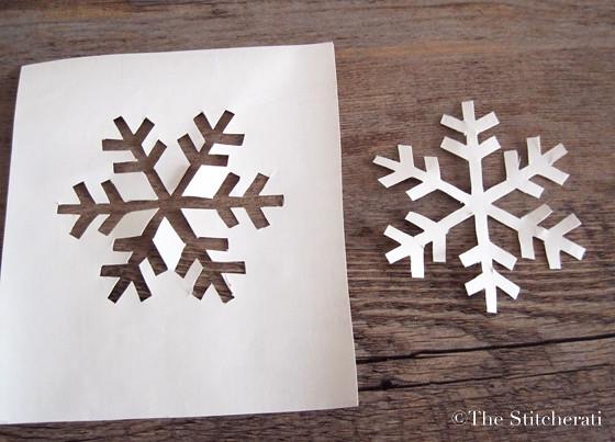 diy stenciled snowflake mug the stitcheratithe stitcherati. Black Bedroom Furniture Sets. Home Design Ideas