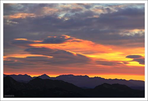sky mountains clouds sunrise cel amanecer ciel cielo nubes nuages montañas montagnes berga núvols queralt muntanyes berguedà santuaridequeralt pemisera