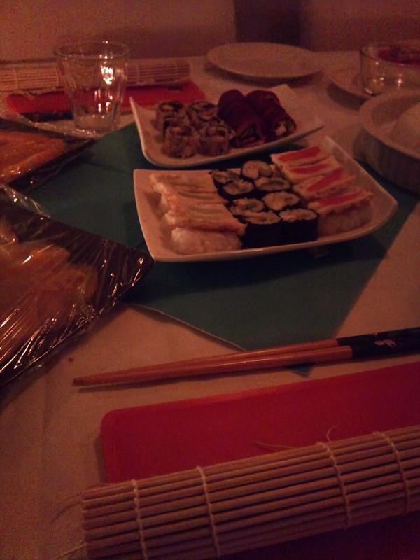 Rolling sushi's @ onze buren