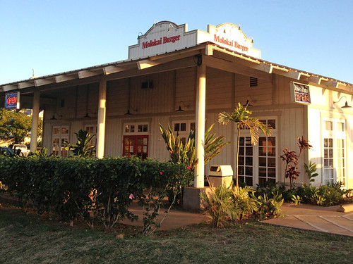 molokai_burger_photo_01