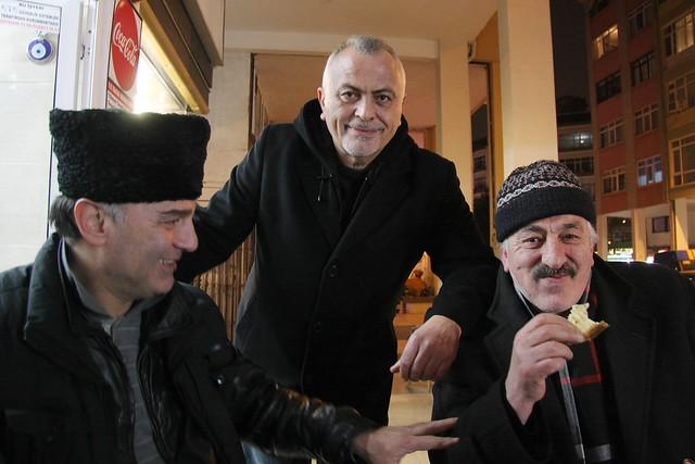People in the cafe, Kadikoy, Istanbul, Turkey カドゥキョイ、カフェのおじさんたち