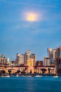 Moonrise in San Diego