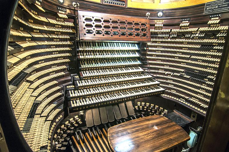 World's Largest Organ