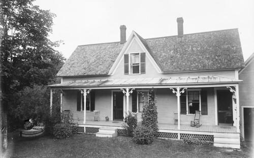 Claflin Photograph, Chas Scott's Cottage