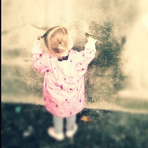 Air #fmsphotoaday Playing in the fresh, cold air this morning.