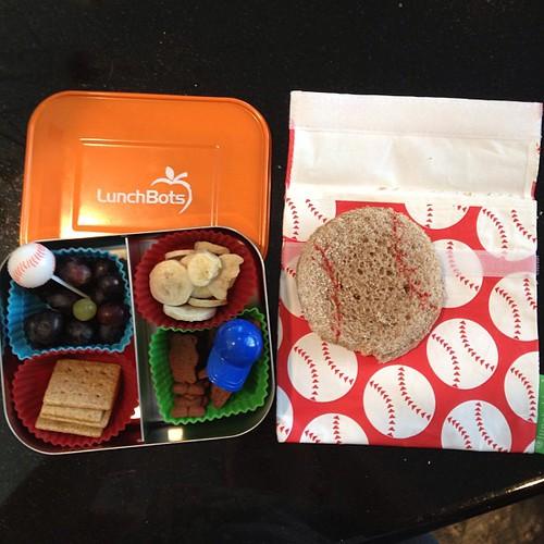Baseball Wednesday #lunchskins #lunchbots #simplysweetscakestudio #kidslunch