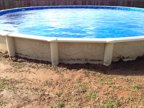 Backfill Ag Pool With Clumpy Clay Dirt