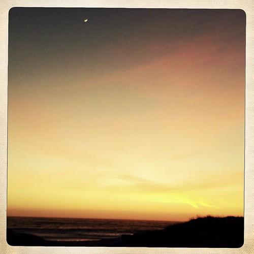 Moon, sun, ocean... Exhale