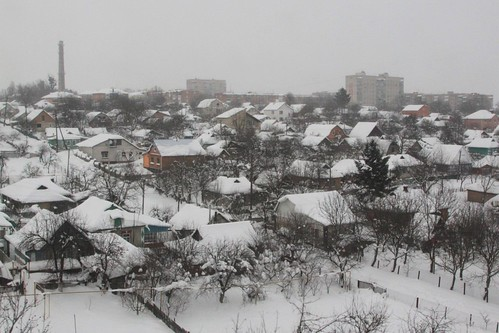 Snow covered houses in the Ukrainian town of Zhmerinka (Zhmerinka)