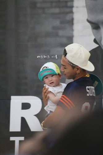 Taeyang_HIGHTOUCH_Seoul-20140629 (11)