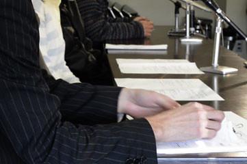 生活保護基準の引き下げに当事者らが反対の記者会見 by seinenUnion