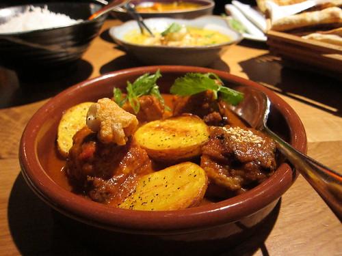 roti chai - Goan pork vinha d'alhos