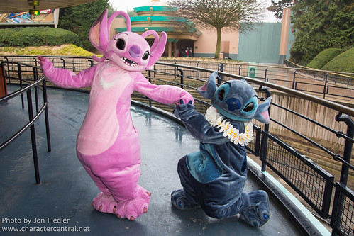DLP Feb 2013 -  Stitch and Angel celebrate Valentines Day